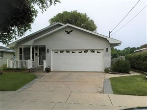 Photo of 2355 S 18th St, Manitowoc, WI 54220 (MLS # 1664866)