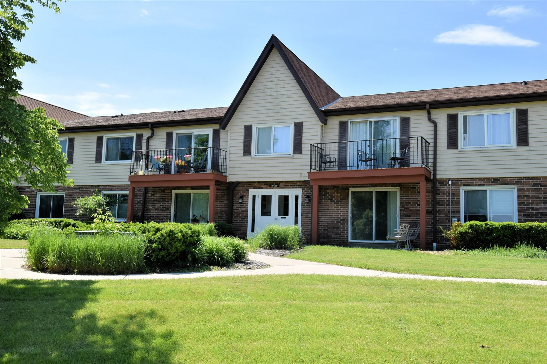 10640 N Ivy Ct #14, Mequon, WI 53092 - #: 1711869