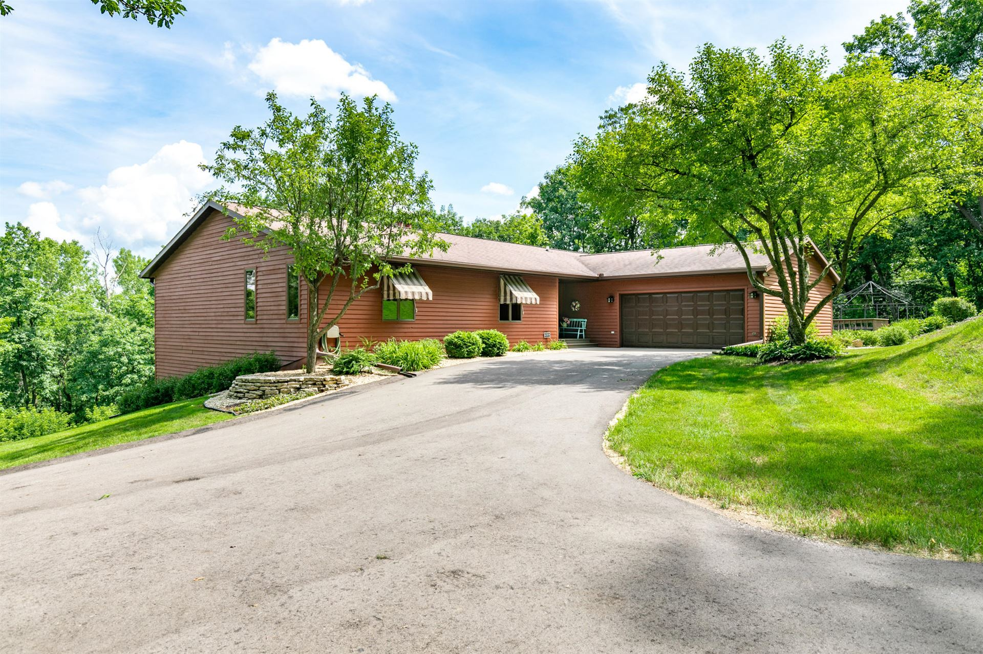 W4917 Wolf Ridge Ct, Medary, WI 54601 - #: 1698873