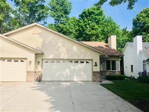 Photo of 4224 Ray St, Manitowoc, WI 54220 (MLS # 1643877)