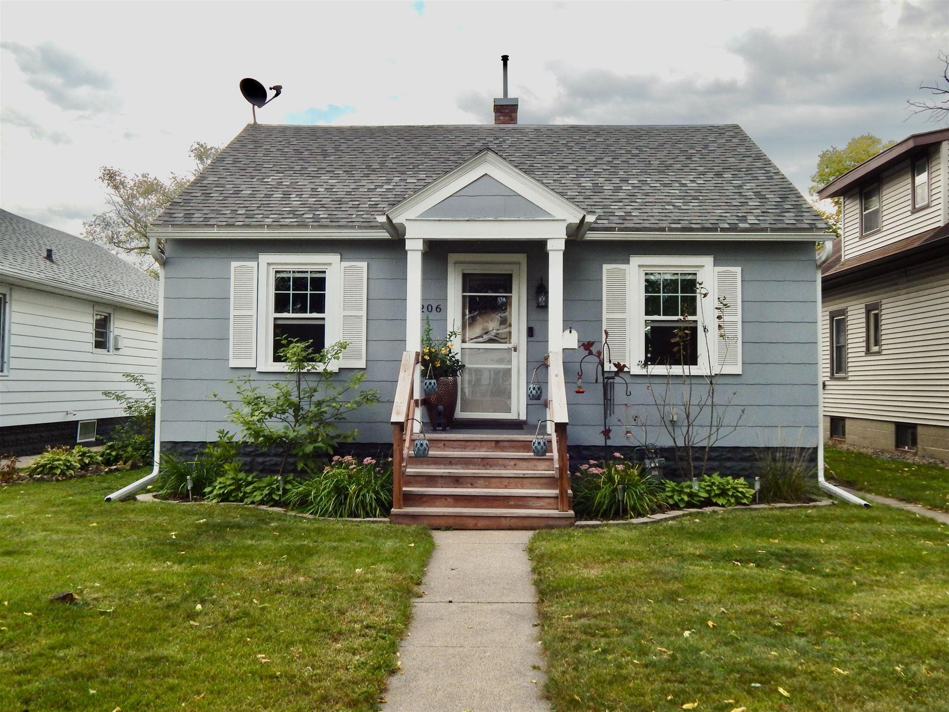 2206 Prospect St, La Crosse, WI 54603 - MLS#: 1763880