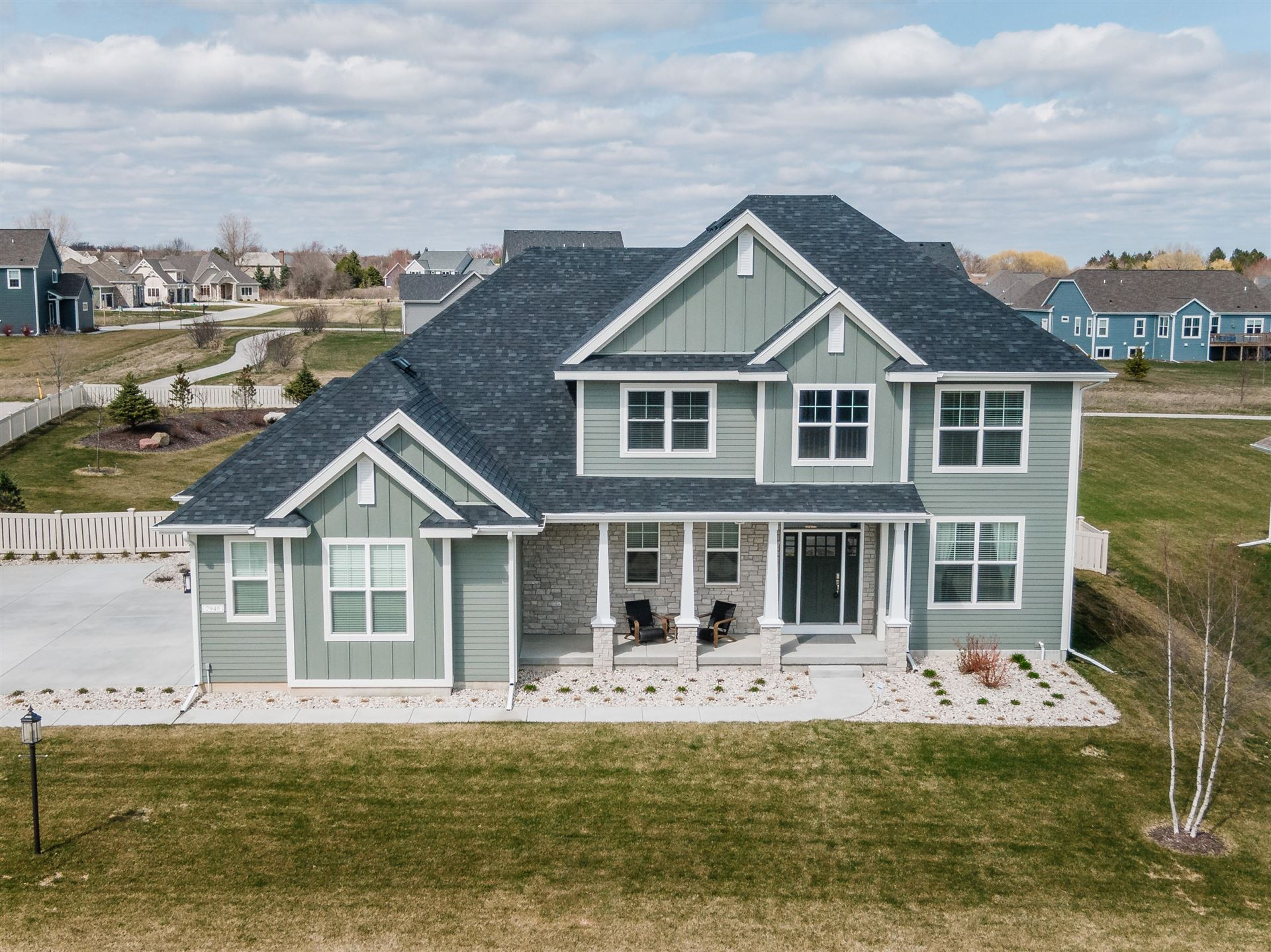 7940 W Mourning Dove Ln, Mequon, WI 53097 - #: 1683881