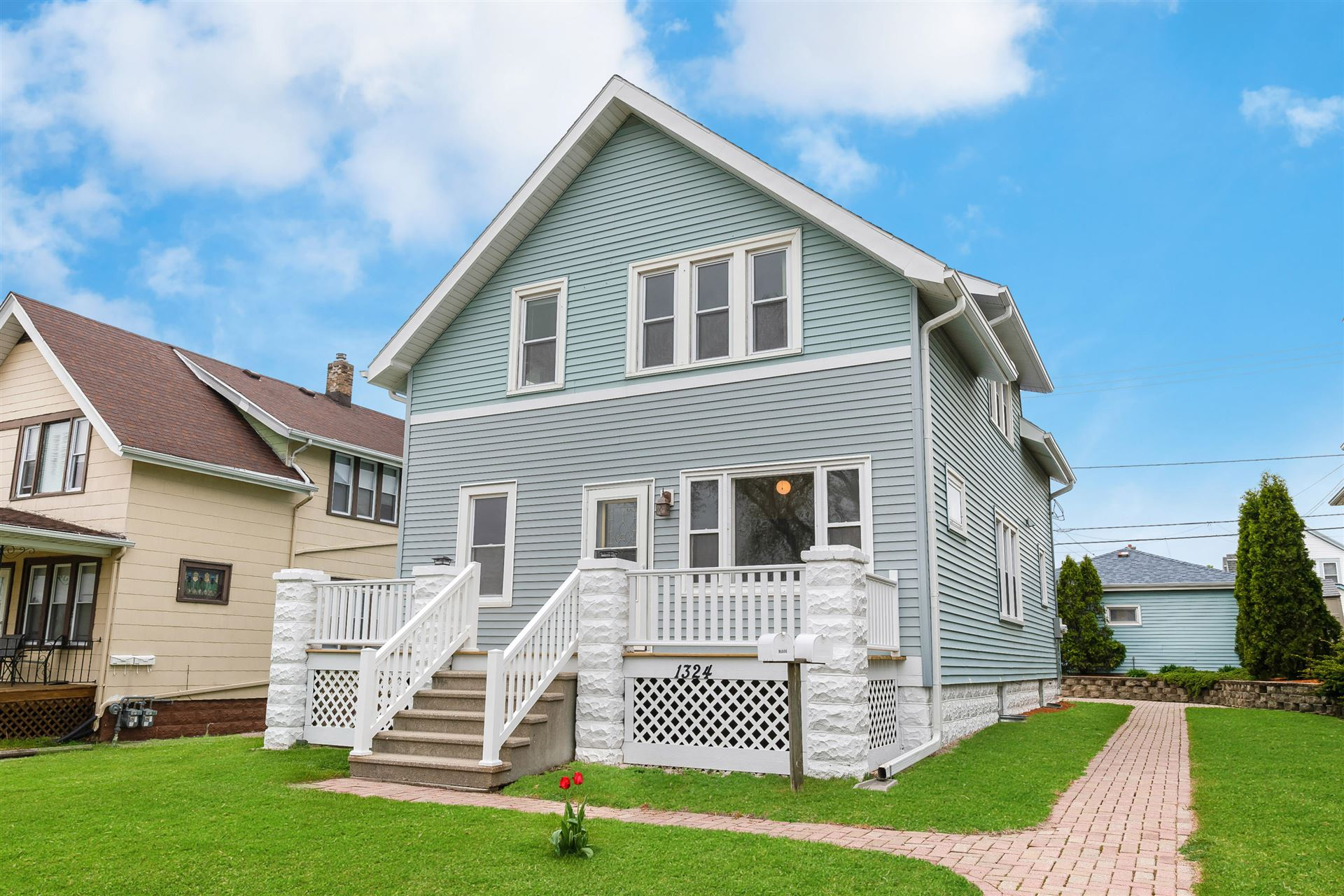 1324 Madison Ave, South Milwaukee, WI 53172 - MLS#: 1739883