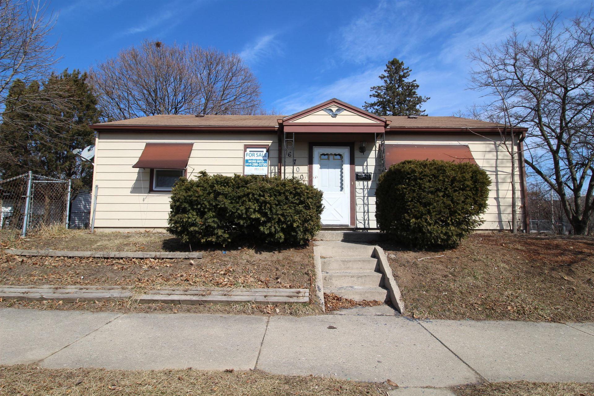 6700 W Thurston Ave, Milwaukee, WI 53218 - #: 1679887