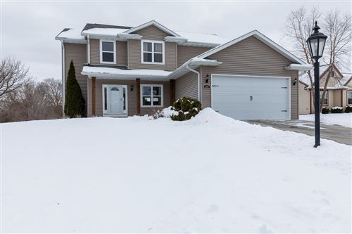 Photo of 503 Brockway Dr, Mukwonago, WI 53149 (MLS # 1677890)