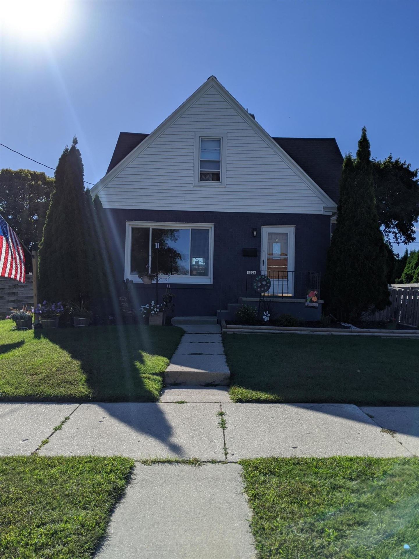 1526 S 23rd St, Manitowoc, WI 54220 - #: 1708891