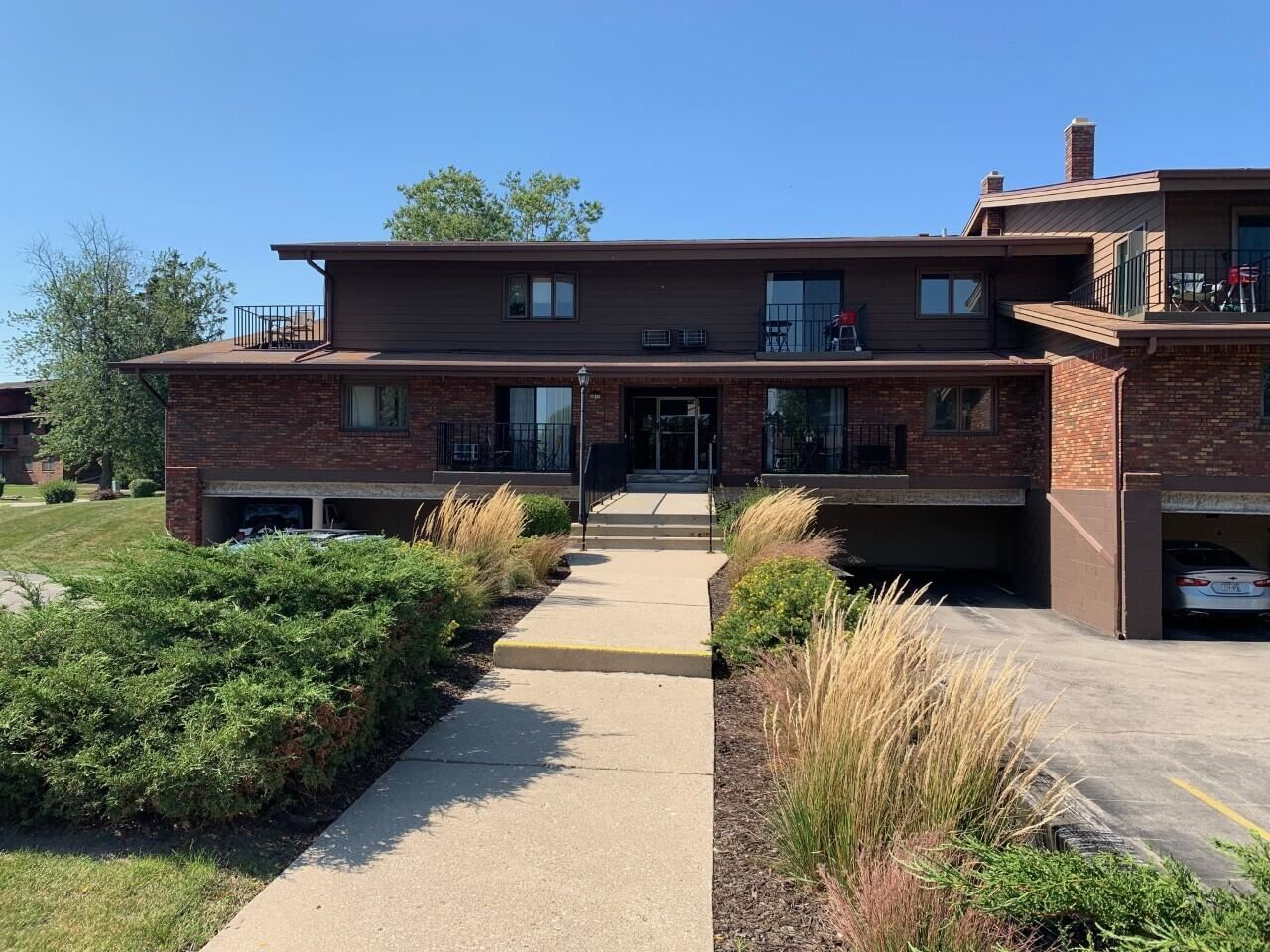 4035 S 84th St #1, Greenfield, WI 53228 - #: 1763900