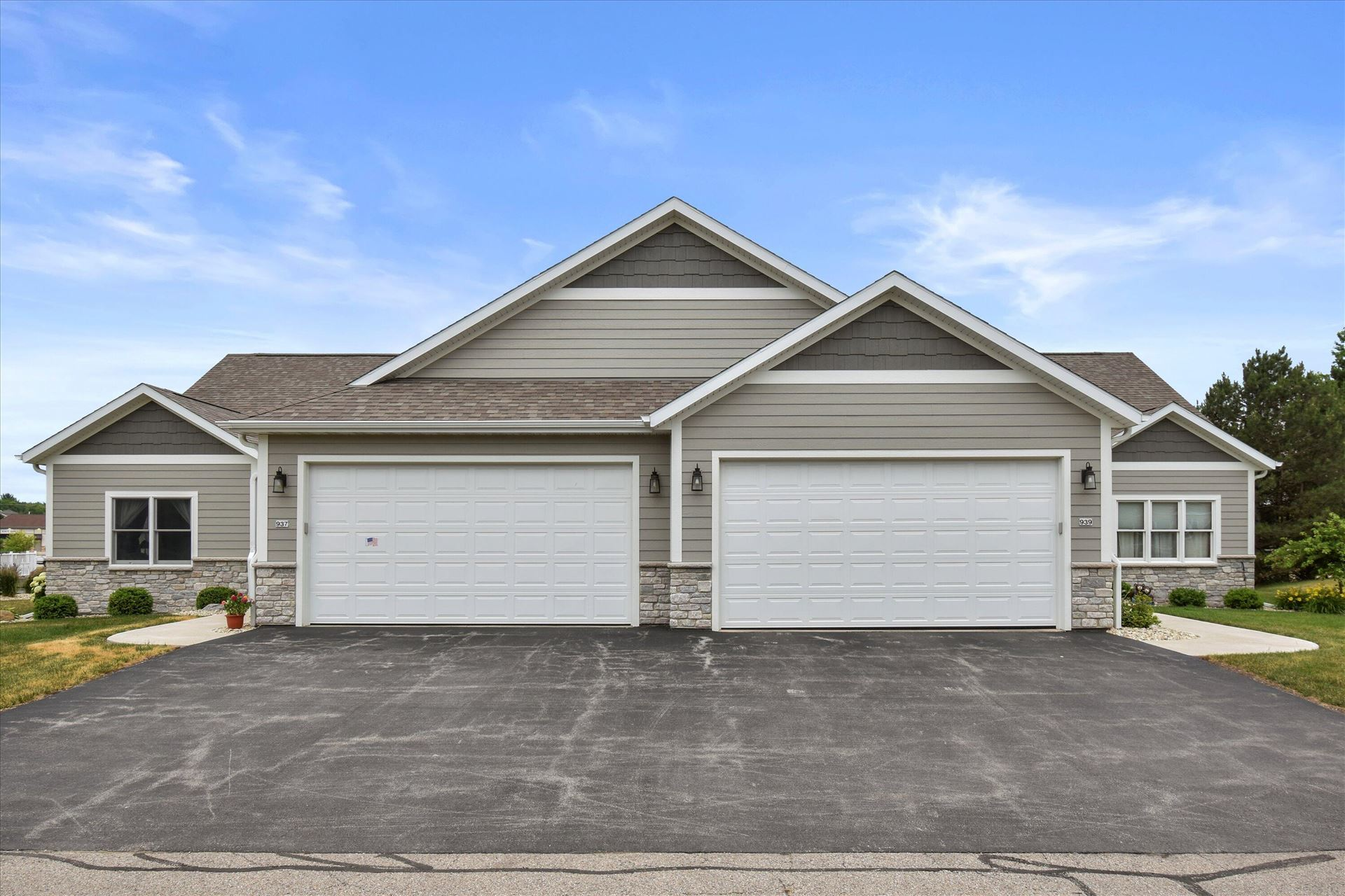 937 Spy Glass Hill, Waterford, WI 53185 - #: 1748901