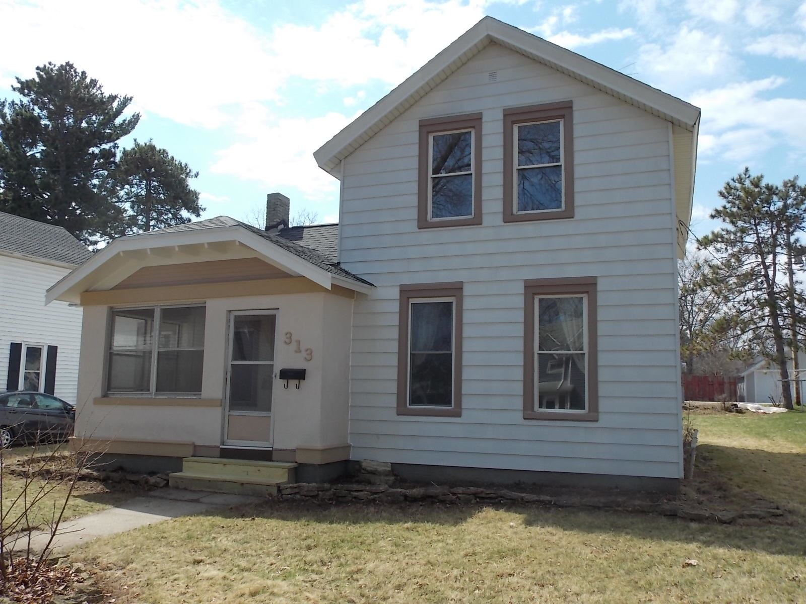 313 Lincoln St, Fort Atkinson, WI 53538 - #: 1683907