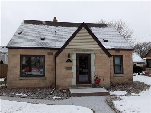 Photo of 4613 S Pine Ave, Milwaukee, WI 53207 (MLS # 1724910)