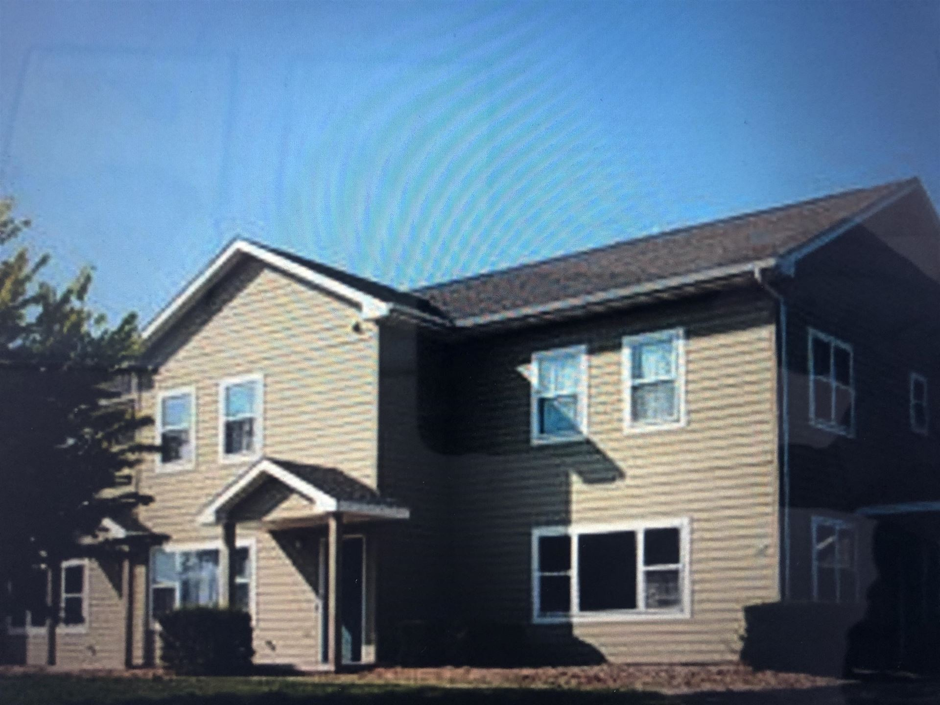 549 S Gault St, Whitewater, WI 53190 - #: 1676920