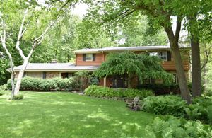 Photo of 240 S Eastmoor Ave, Brookfield, WI 53005 (MLS # 1642924)