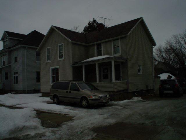 1827 Wisconsin St, Marinette, WI 54143 - #: 1681924