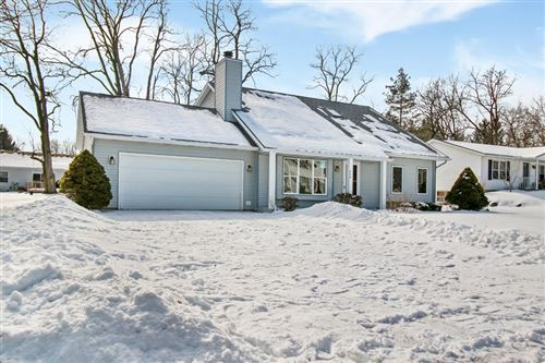 Photo of 440 Sue Ann Dr., Lake Geneva, WI 53147 (MLS # 1677933)