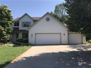 Photo of 201 Riva Ridge Ln, Neenah, WI 54956 (MLS # 1632935)