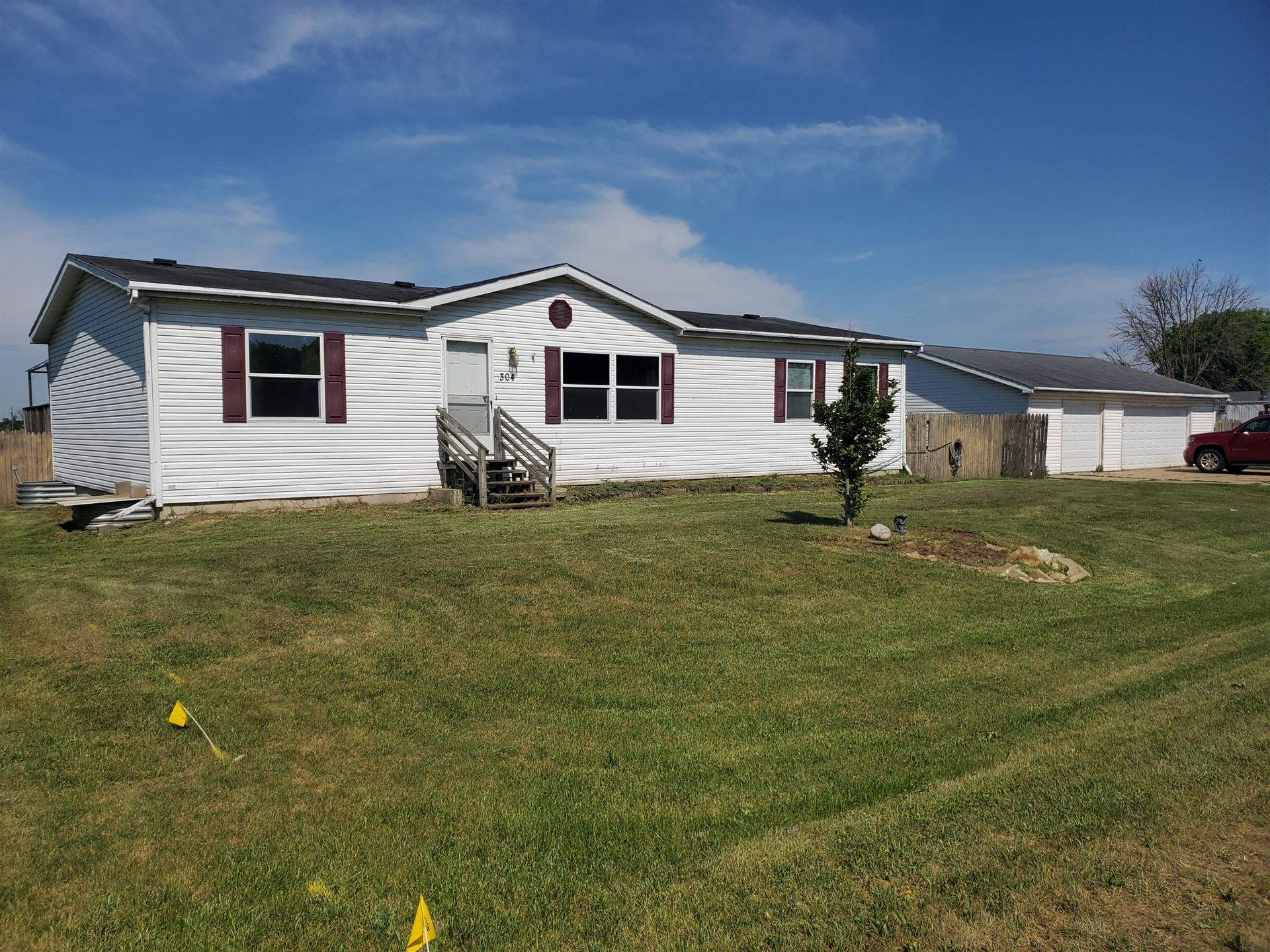 304 Eagle Ave, Rockland, WI 54653 - MLS#: 1745939