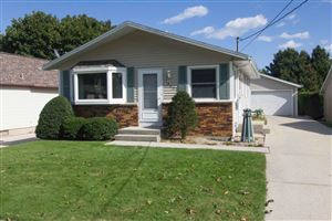 Photo of 1415 S 36th St, Manitowoc, WI 54220 (MLS # 1662942)