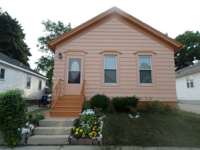1318 Lincoln St, Racine, WI 53402 - #: 1676942