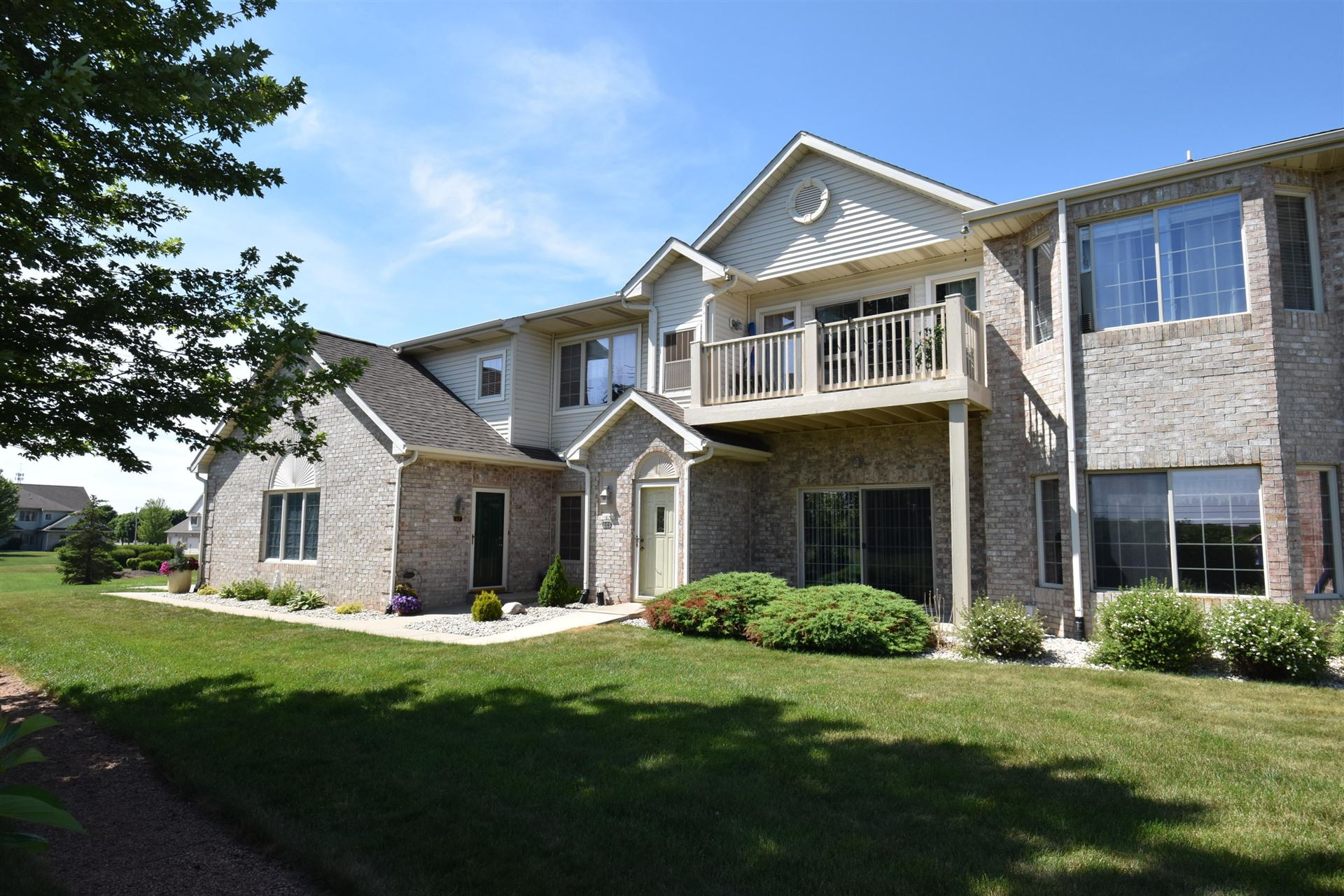 6631 Spring Hill Dr #64, Mount Pleasant, WI 53406 - #: 1696945