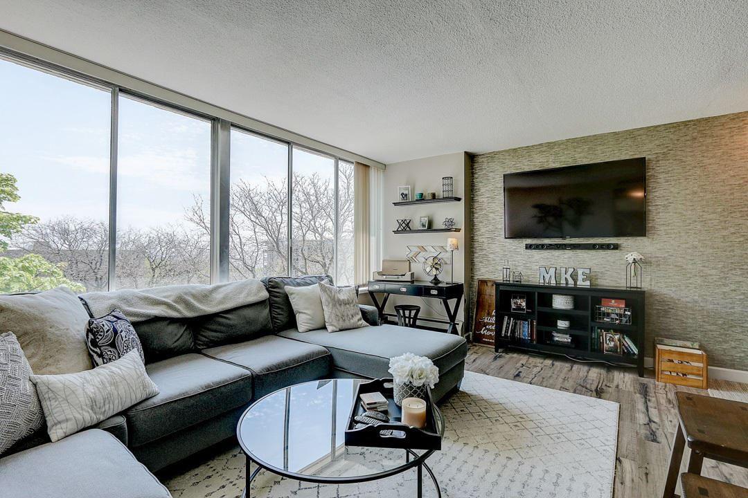 1409 N Prospect Ave #502, Milwaukee, WI 53202 - #: 1690951