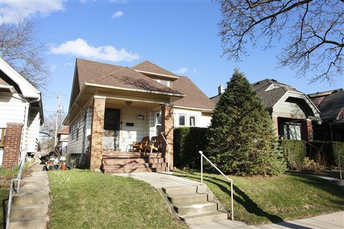 Photo of 3462 N Weil St, Milwaukee, WI 53212 (MLS # 1692953)