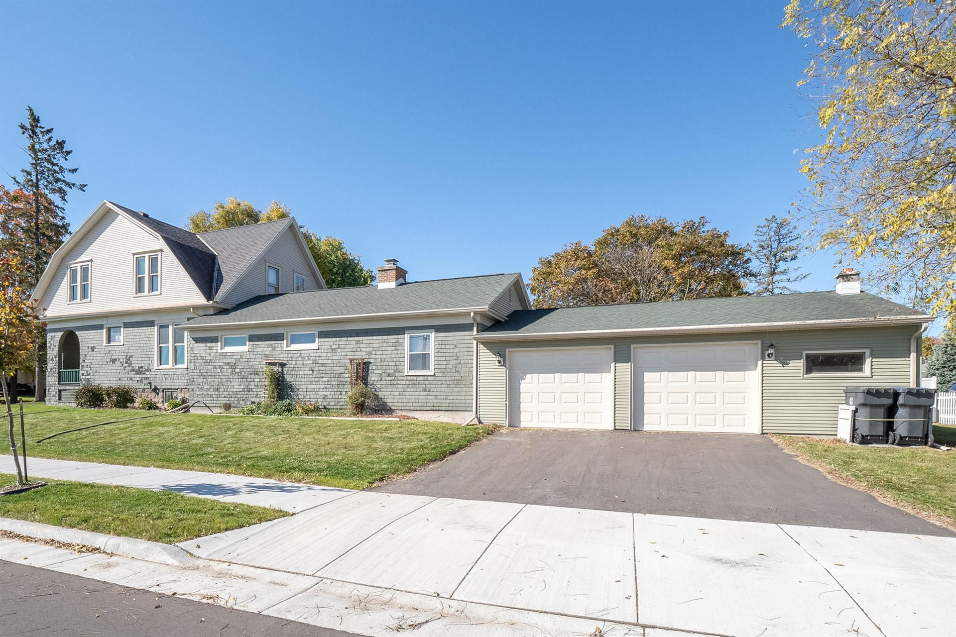 134 Eastman ST, Plymouth, WI 53073 - #: 1713953