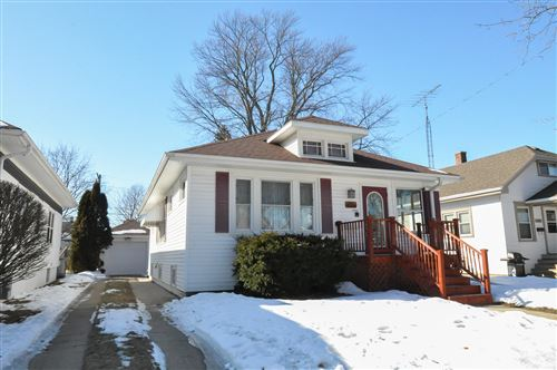 Photo of 1524 West Lawn AVE, Racine, WI 53405 (MLS # 1677960)
