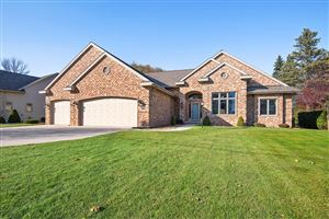 Photo of 4904 River Heights Dr, Manitowoc, WI 54220 (MLS # 1666961)