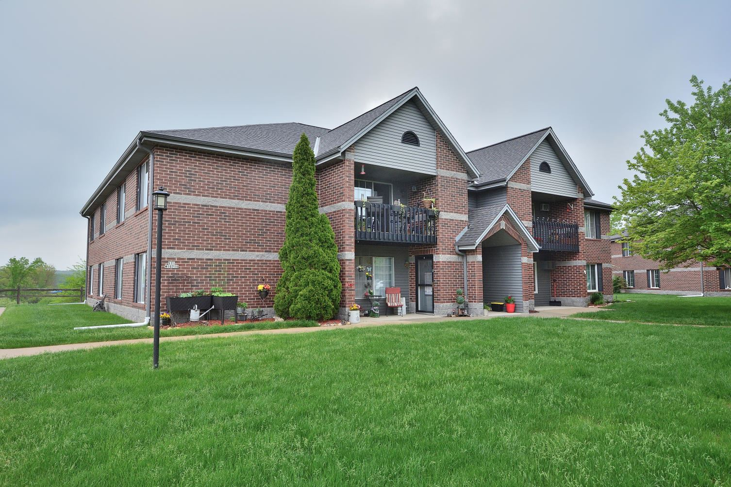 S75W16710 Jacob Ct #7, Muskego, WI 53150 - #: 1690972