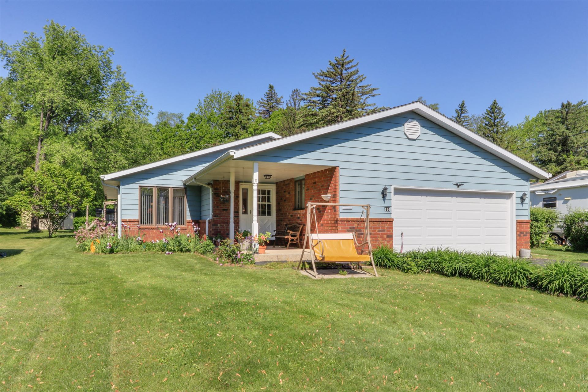 114 Riverview Dr, Waterford, WI 53185 - #: 1691975