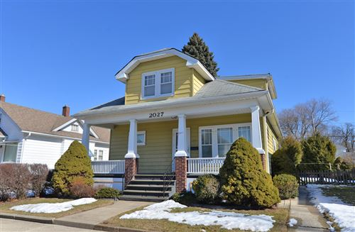 Photo of 2027 Green St, Racine, WI 53402 (MLS # 1677977)