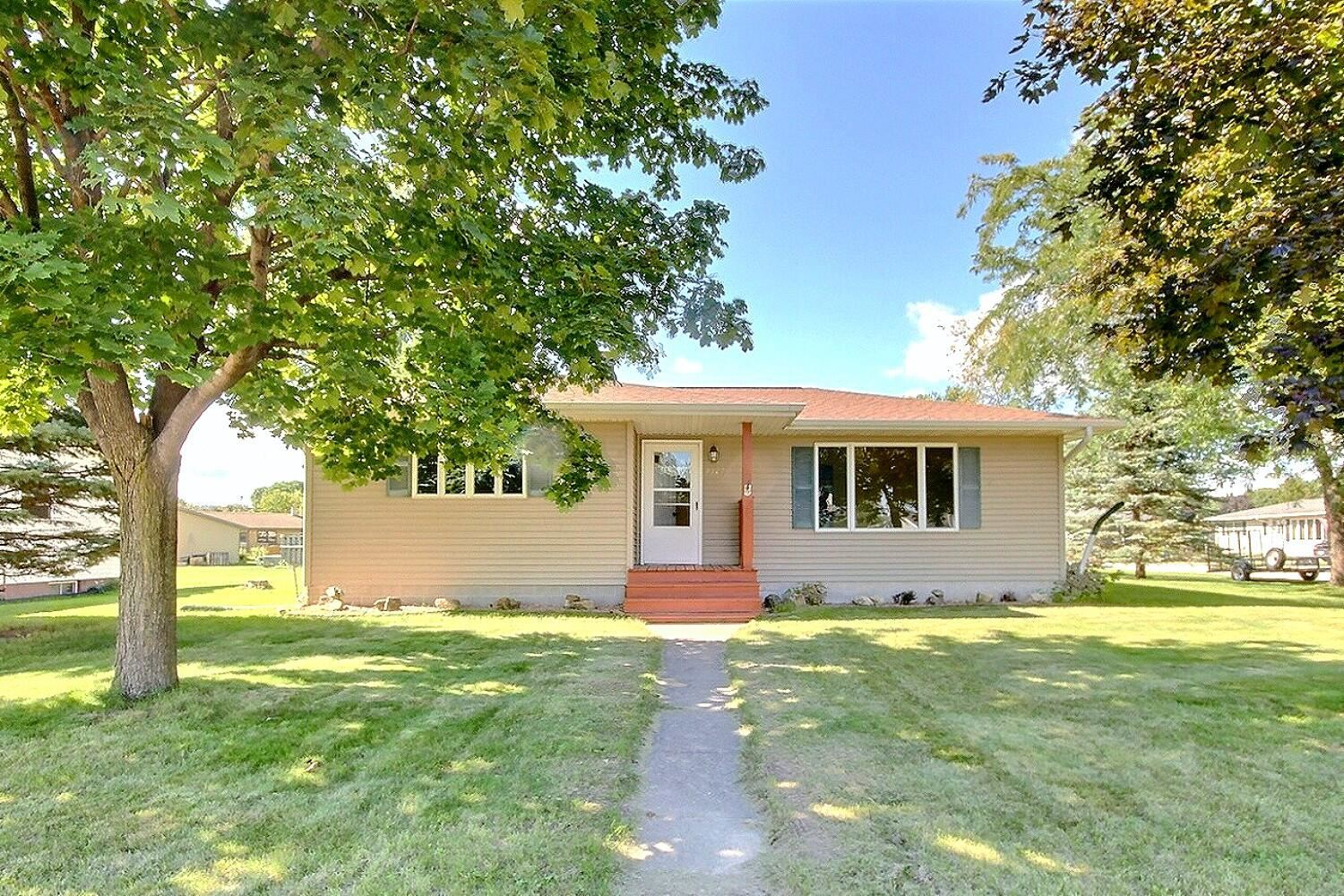2527 Island Park Rd, Campbell, WI 54603 - MLS#: 1762986