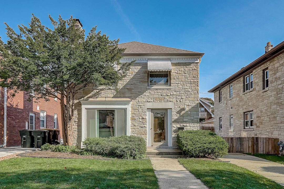 2656 N 63rd St, Wauwatosa, WI 53213 - #: 1715991