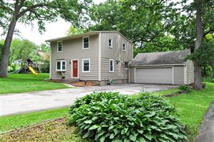 Photo of N9190 MAPLE ST, East Troy, WI 53120 (MLS # 1642997)