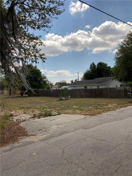 Photo of 1105 MARTIN STREET, HAINES CITY, FL 33844 (MLS # L4922002)