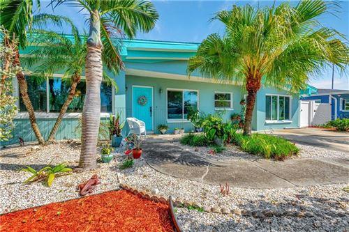 Photo of 301 160TH TERRACE, REDINGTON BEACH, FL 33708 (MLS # U8118003)