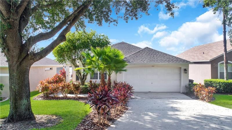 Photo of 1713 CLUBHOUSE COVE, HAINES CITY, FL 33844 (MLS # S5045003)
