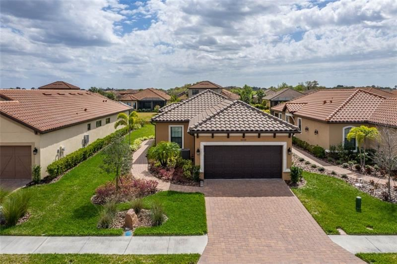 Photo of 10446 HIGHLAND PARK PLACE, PALMETTO, FL 34221 (MLS # T3229003)