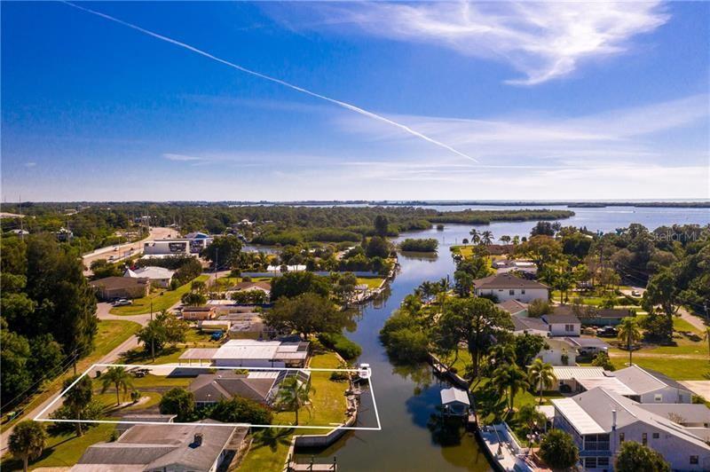Photo of 1740 WINSTAN AVENUE, ENGLEWOOD, FL 34223 (MLS # D6116004)