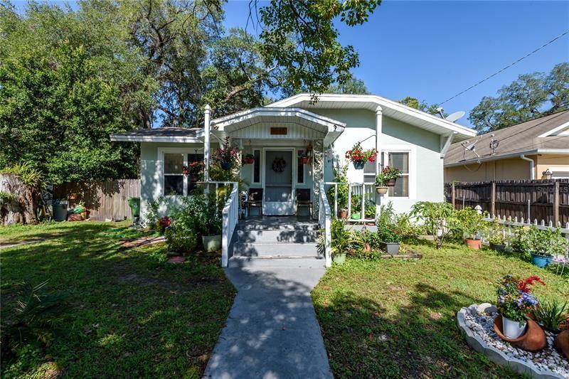 8212 N DAKOTA AVENUE, Tampa, FL 33604 - MLS#: T3304005