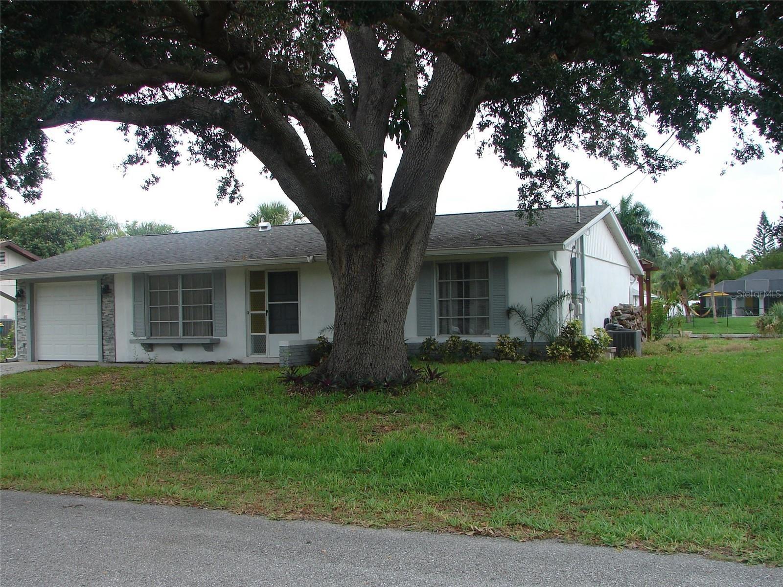 18318 BURKHOLDER CIRCLE, Port Charlotte, FL 33948 - #: C7445013