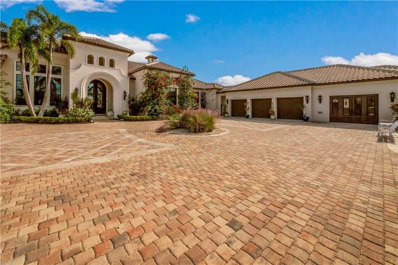 Photo of 16416 BAYCROSS DRIVE, LAKEWOOD RANCH, FL 34202 (MLS # A4447016)