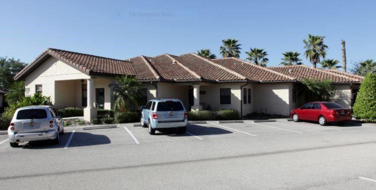 Photo of 417 COMMERCIAL COURT #C, VENICE, FL 34292 (MLS # A4490018)
