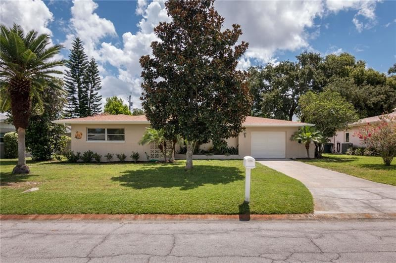 2357 JONES DR, Dunedin, FL 34698 - #: U8092018
