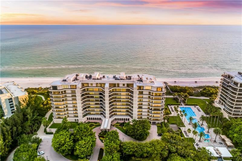Photo of 415 L AMBIANCE DRIVE #E707, LONGBOAT KEY, FL 34228 (MLS # A4482019)
