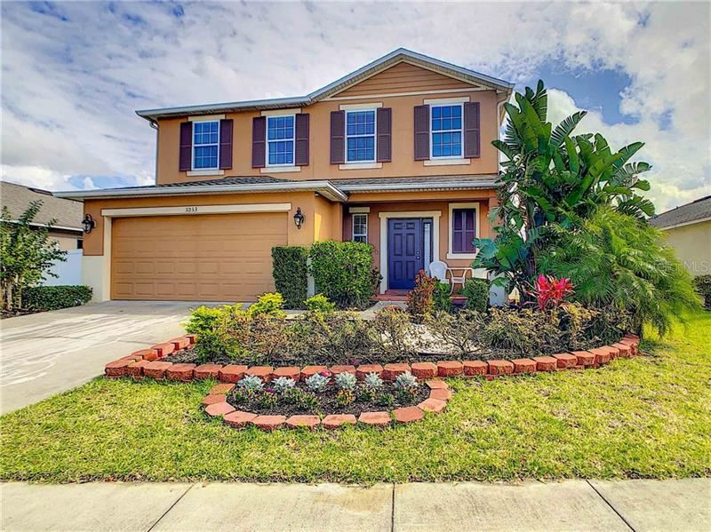 Photo of 3033 PATTERSON GROVES DRIVE, HAINES CITY, FL 33844 (MLS # L4914022)