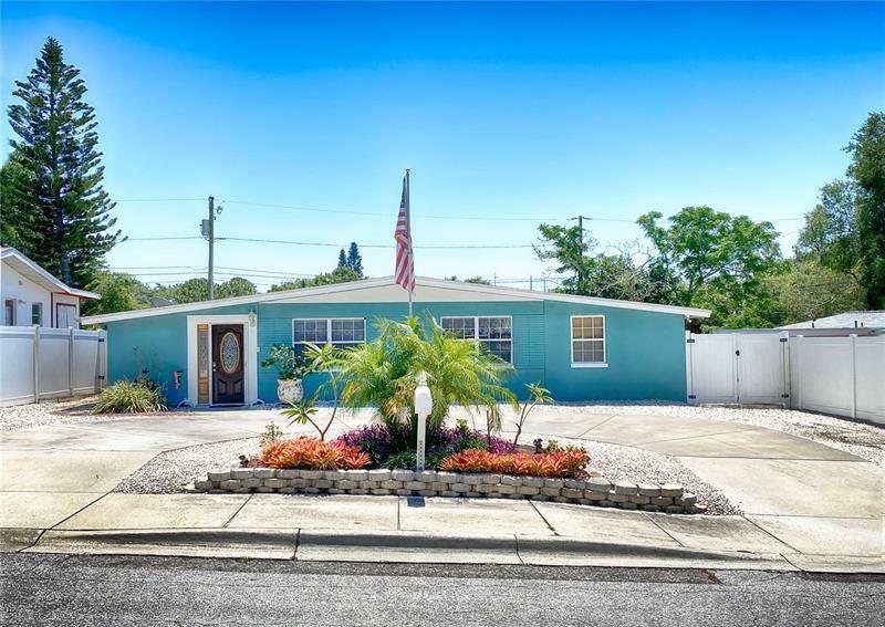 1310 HAWAII AVENUE, Palm Harbor, FL 34683 - #: U8121023