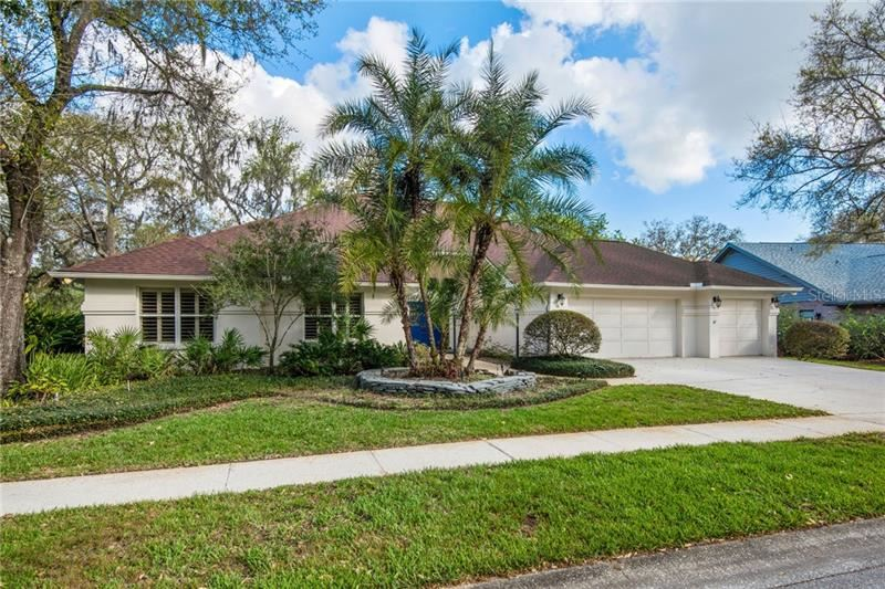 6823 BLUFFS BOULEVARD, Temple Terrace, FL 33617 - #: T3293026