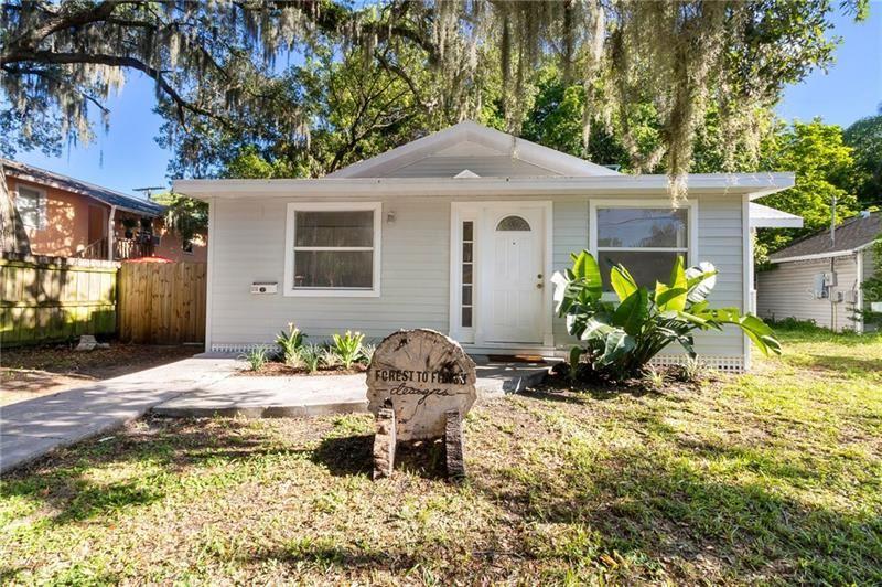 Photo of 1218 12TH AVENUE W, BRADENTON, FL 34205 (MLS # A4476027)