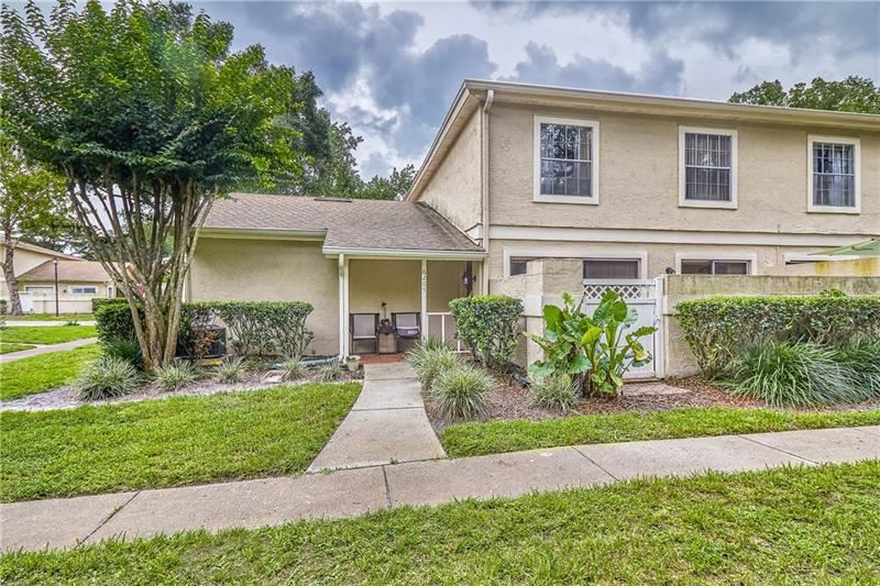 6205 GOLDENMOSS WAY, Temple Terrace, FL 33617 - #: T3183028